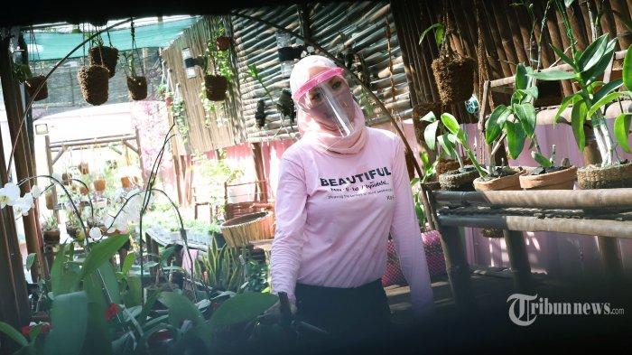 Angelina Sondakh dan 11 Wanita Perkasa Sulap Pembuangan Puing Jadi Taman Edukasi Lapas Pondok Bambu