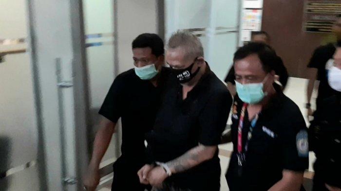 Kasusnya Masuk ke Jaksa, Tio Pakusadewo Bungkam