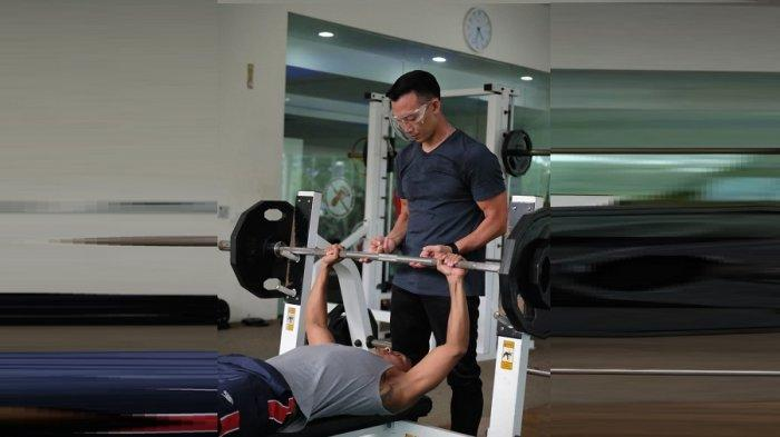 Albert Sutanto: Perenang Siman Sudartawa Latihannya Berkembang