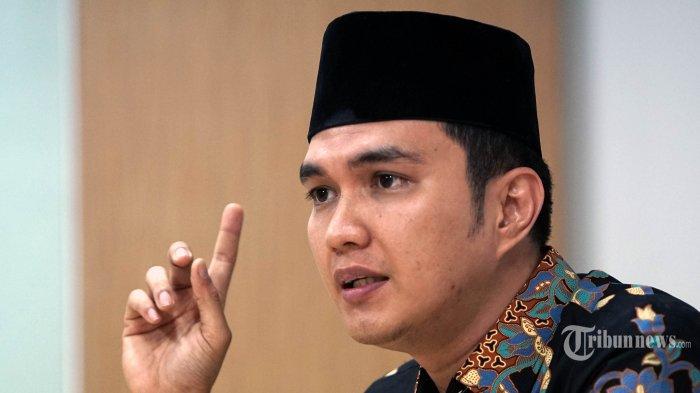 Tanpa Canggung, Aldi Taher Ajak Suami Dewi Perssik Bikin Duo Papah Muda