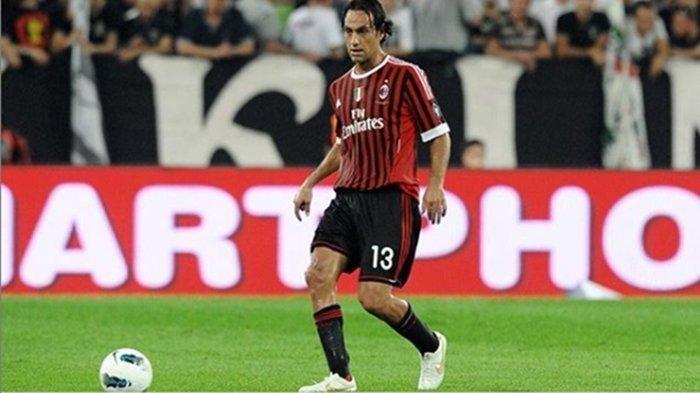 Alessandro Nesta saat bermain untuk AC Milan