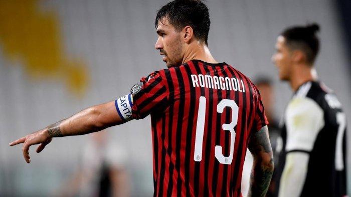 Alessio Romagnoli saat mengatur rekan-rekannya di pertandingan AC Milan.