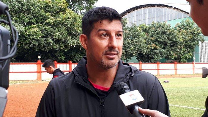 Pelatih Baru Arema FC Masih jadi Teka-teki, Alfredo Vera Pilih Bertahan di Persiba Balikpapan