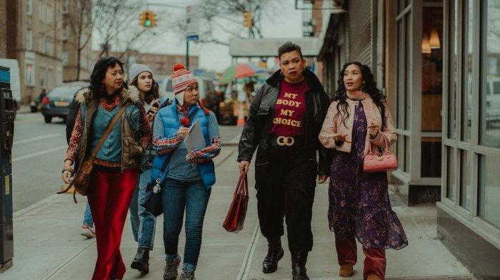 Tayang Juni, Pencarian Jati Diri Jadi Fokus 'Ali & Ratu-Ratu Queens'