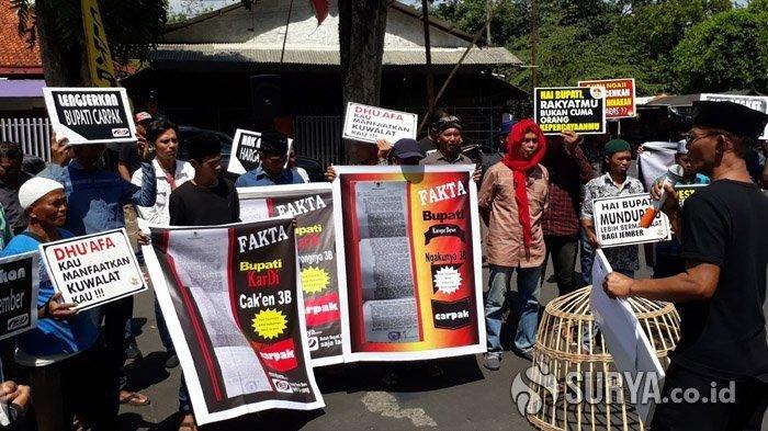 Aliansi Aktivis Jember Gelar Aksi Pemakzulan Bupati Faida