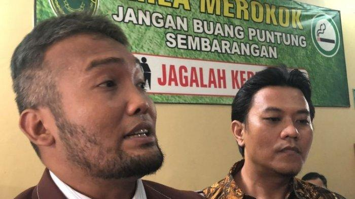Kuasa Hukum Alief Hedy, Marloncius saat ditemui di Pengadilan Agama Bekasi, Jawa Barat, Selasa (21/1/2020).