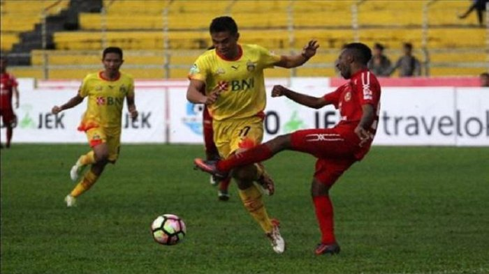 Bek Bhayangkara FC, Alsan Sanda.