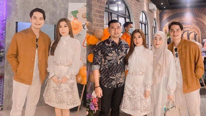 Datangi Kafe Mertua, Alvin Faiz Pamerkan Kedekatan dengan Orangtua Larissa Chou yang Jarang Diunggah