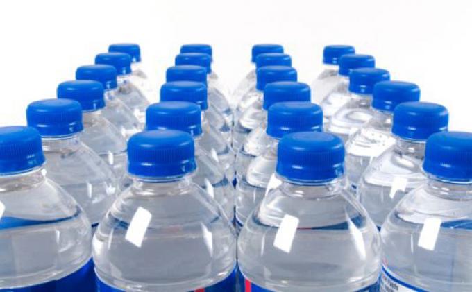 Kemperin: Minuman Kemasan Wajib Pakai Standar SNI