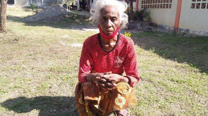 Nampak Amelia Neonane (56), korban penganiayaan yang dilakukan oknum ASN kantor Kecamatan Amanuban Selatan, Cha Nuban.