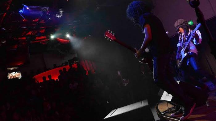 Pertunjukan Musik Gratis, @america di Mall Pacific Place, Jakarta, Plus Info Kuliah di Negeri Obama