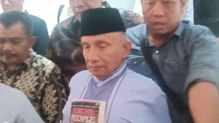 Anggota Dewan Pembina Badan Pemenangan Nasional (BPN) pasangan Prabowo Subianto-Sandiaga Uno, Amien Rais memenuhi panggilan kedua penyidik Polda Metro Jaya, Jumat (24/5/2019).