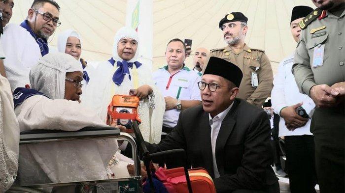 Sapa Jemaah Haji di Makkah, Menag Lukman Ingatkan Beribadah Ukur Kemampuan Fisik, Tak Lupa Istirahat