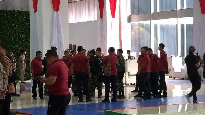 Paspampres Tinjau Keamanan Gedung DPR Jelang Pelantikan Presiden dan Wakil Presiden