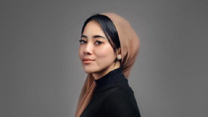 Awali Karier sebagai MUA, Kini Selebgram Andhita Irianto Tekuni Bisnis Kecantikan