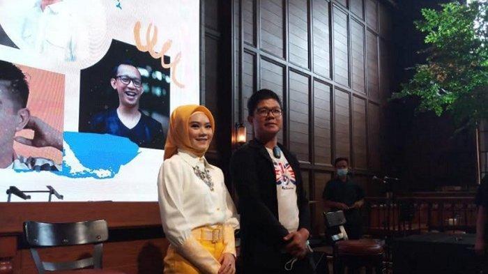 Andika Mahesa perkenalkan penyanyi besutan labelnya bernama Juan Zerlinda. Juan merilis single berjudul 'Cinta Tiada Batas'