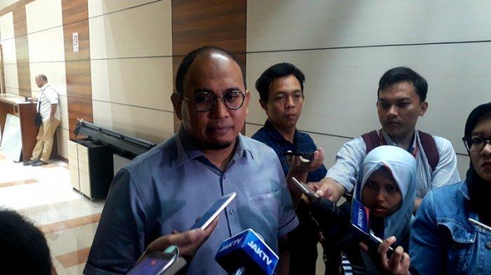 Anggota Badan Komunikasi Gerindra Andre Rosiade di Kompleks Parlemen Senayan, Jakarta, Rabu, (3/7/2019)
