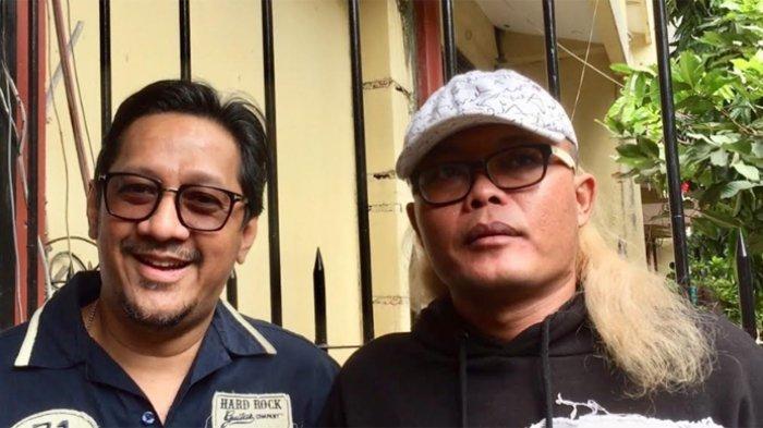 Andre Taulany dan Sule di Ditresnarkoba Polda Metro Jaya, Jakarta Pusat, Kamis (25/7/2019).