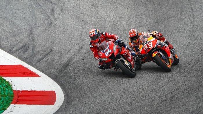 Andrea Dovizioso dan Marc Marquez bertarung di tikungan terakhir sirkuit Red Bull Ring