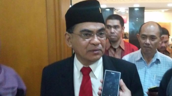 Siswi Non-Muslim di Padang Diwajibkan Pakai Jilbab, Legislator PDIP Minta Ada Teguran dan Sanksi