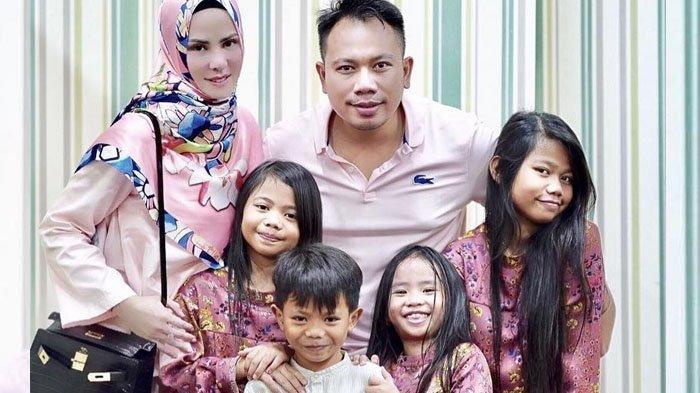 Selama Vicky Prasetyo Ditahan, Anak-anaknya Ambil Uang Tabungan Lebaran untuk Bayar Sekolah