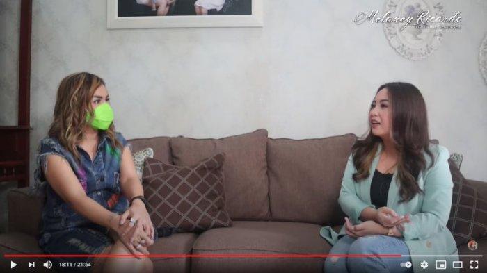 Kakak Amanda Manopo, Angelica Manopo memberikan tanggapan tentang adiknya yang sudah pernah menikah, hingga tanggapan soal hubungan percintaan dengan Billy Syahputra.