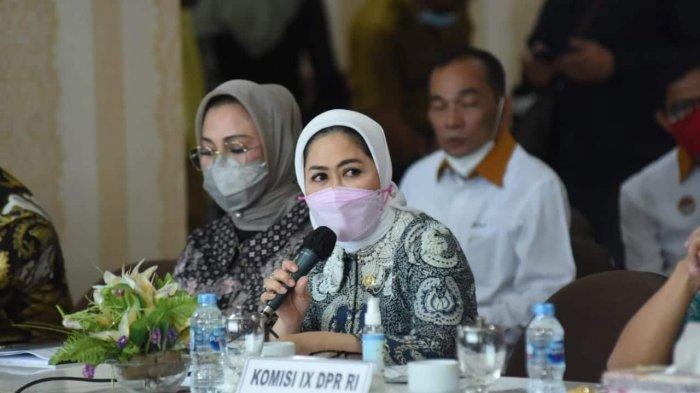 Intan Fauzi: Cinta Barang Kita, Benci Produk Luar Negeri?