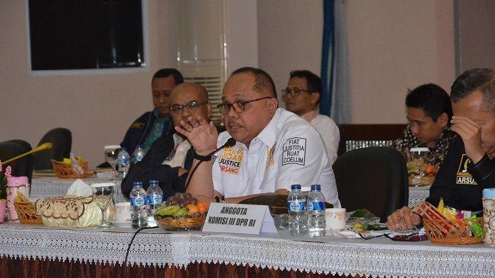 Terkait Pengawasan TKA di Kepri, Junimart Minta Polda dan Kanwil Kumham Bentuk MoU