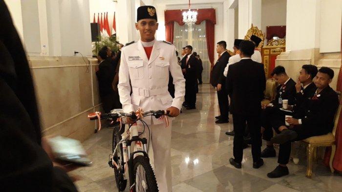 Kisah Tersisa dari Remaja Paskibraka: Hadiah Sepeda dan Sepatu dari Jokowi untuk Gita Bahana
