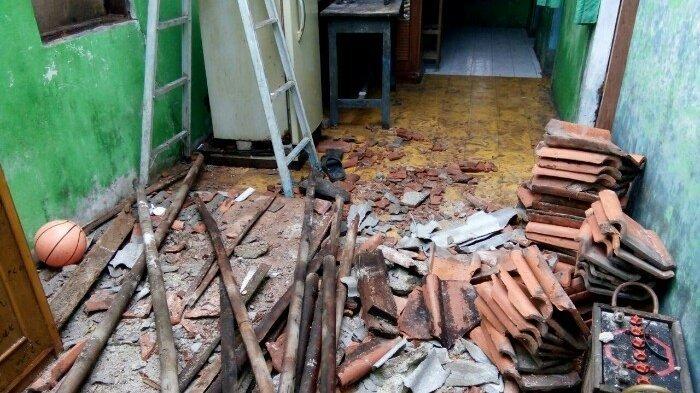 Puluhan Rumah di Pulau Panggang Rusak Dihantam Angin Puting Beliung