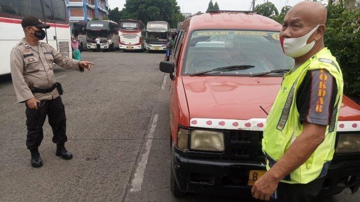 Kronologi Seorang Penumpang Angkot di Bekasi Mendadak Meninggal