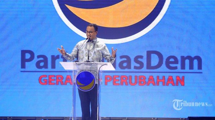 Gubernur DKI Jakarta Anies Baswedan memberikan sambutan saat menghadiri Kongres II dan Hut ke-8 Partai Nasdem di Jakarta, Jumat (8/11/2019). Kongres II Partai Nasdem tersebut mengambil tema 'Restorasi Untuk Indonesia Maju'.