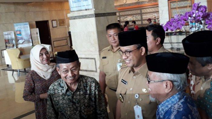 Anies Batal Rapat Bersama Luhut Bahas LRT