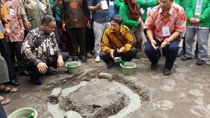 Gubernur Anies Letakkan Batu Pertama Pembangunan Masjid di Kampus Ibnu Chaldun