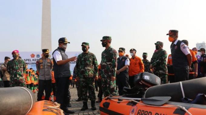 Jakarta Siaga Banjir, Anies Baswedan Targetkan Genangan Air Bisa Surut Dalam Waktu Enam Jam