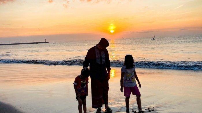 Tiba di Cilacap untuk Panen Raya, Anies Sempatkan Mampir ke Pantai Penyu