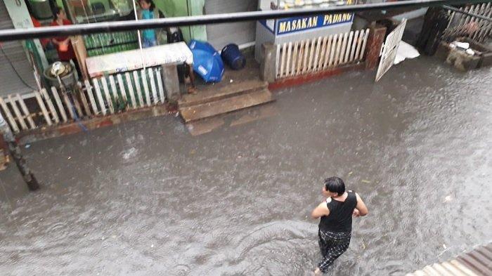 Banjir di Kebon Pala, Makassar, Jakarta Timur pada Sabtu (18/1/2020) pagi