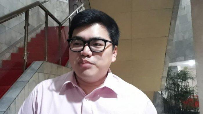 Anggota Komisi C DPRD DKI Jakarta dari Fraksi Partai Solidaritas Indonesia (PSI) Anthony Winza Probowo di Gedung DPRD DKI Jakarta, Jalan Kebon Sirih, Jumat (6/12/2019)