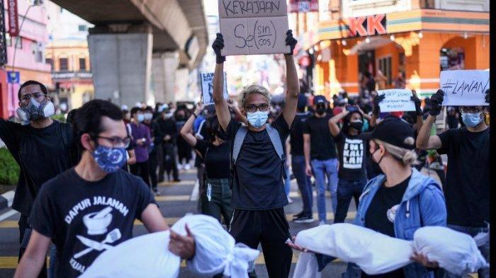 Anwar Ibrahim dan Rombongan Oposisi Gagal ke Parlemen karena Dihadang Polisi