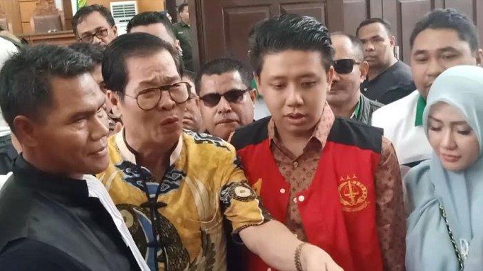 Pablo Benua Posting Kondisi Anton Medan Sebelum Meninggal, Sebut Ayahanda Tercinta Orang Baik