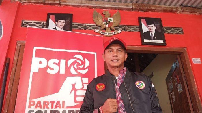 Antonius Yogo Prabowo di rumahnya Kampung Debegan RT 2 RW 3 Kelurahan Mojosongo, Kecamatan Jebres, Solo, Sabtu (11/5/2019).