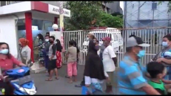 Pengakuan Warga Antre Berjam-jam Cairkan Dana BST Rp 600 Ribu, Demi Beli Tusuk Sate dan Sembako