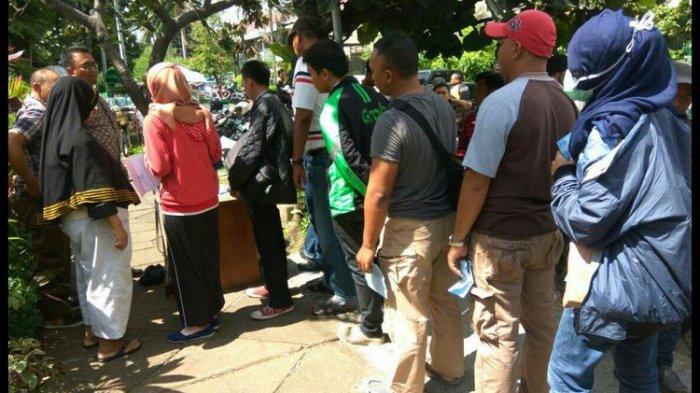 Calo Tilang SIM Bebas Berkeliaran di Kejaksaan Tinggi Negeri Jakarta Pusat
