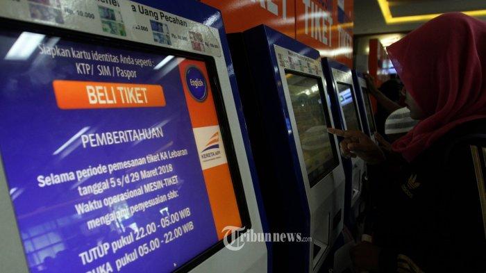 Pembatalan Tiket Kereta Api Marak Karena Terlambatnya Informasi Libur Lebaran