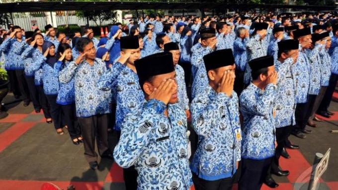Plt Gubernur Gorontalo Gagas Program Sedekah Harian Bagi ASN