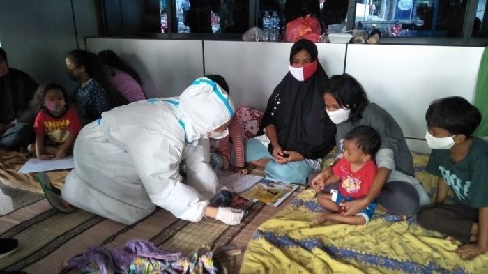 Tempat Pengungsian Korban Banjir Diharapkan Tidak Jadi Klaster Baru Covid-19