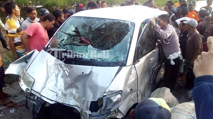 Cerita Mistis di Balik Kecelakaan Maut Mobil APV yang Tenggelam di Danau Batur