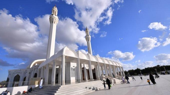 Arab Saudi Izinkan Masjid Dibuka untuk Shalat Jumat, Mulai 31 Mei-20 Juni 2020, Kecuali di Mekah