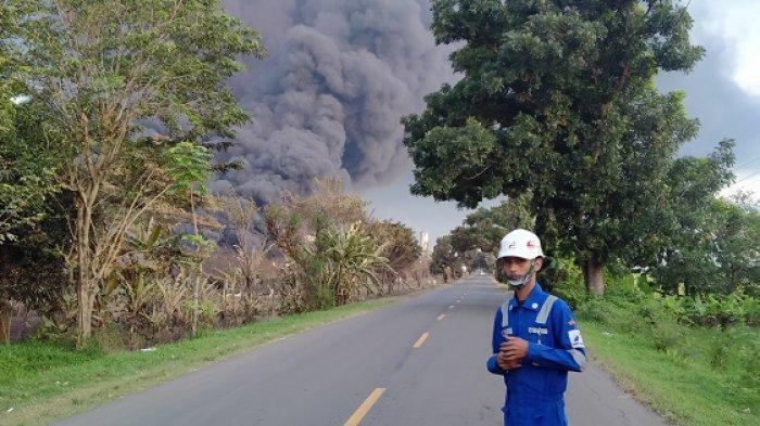 Cerita Warga Saat Kilang Balongan Pertamina Meledak: Pakai 4 Lapis Masker Hingga Tiarap Ketakutan