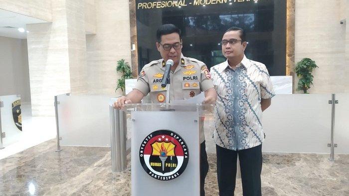 Polri Ungkap Jual Beli Senjata dan Amunisi dari Filipina untuk KKSB di Papua
